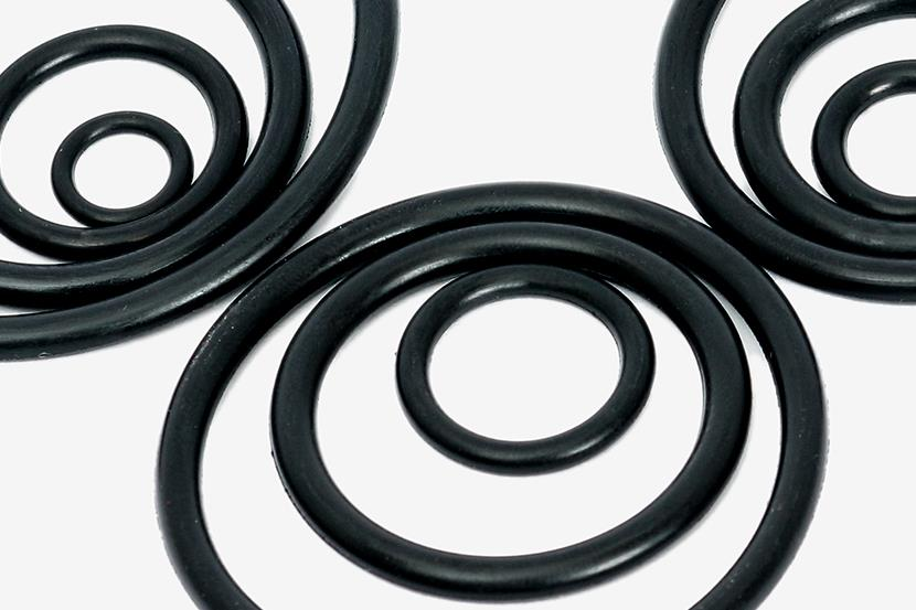 three groups of black rubber o rings